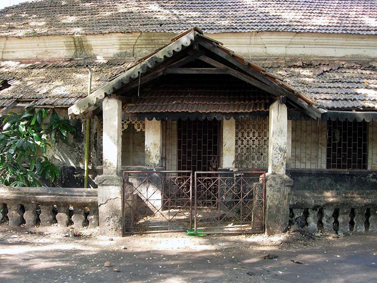 Remont starego domu - czy to się opłaca?