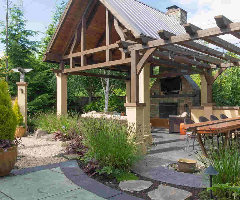 Kącik wypoczynkowy w ogrodzie, czyli budujemy drewnianą altanę z produktami Klimas Wkręt-met