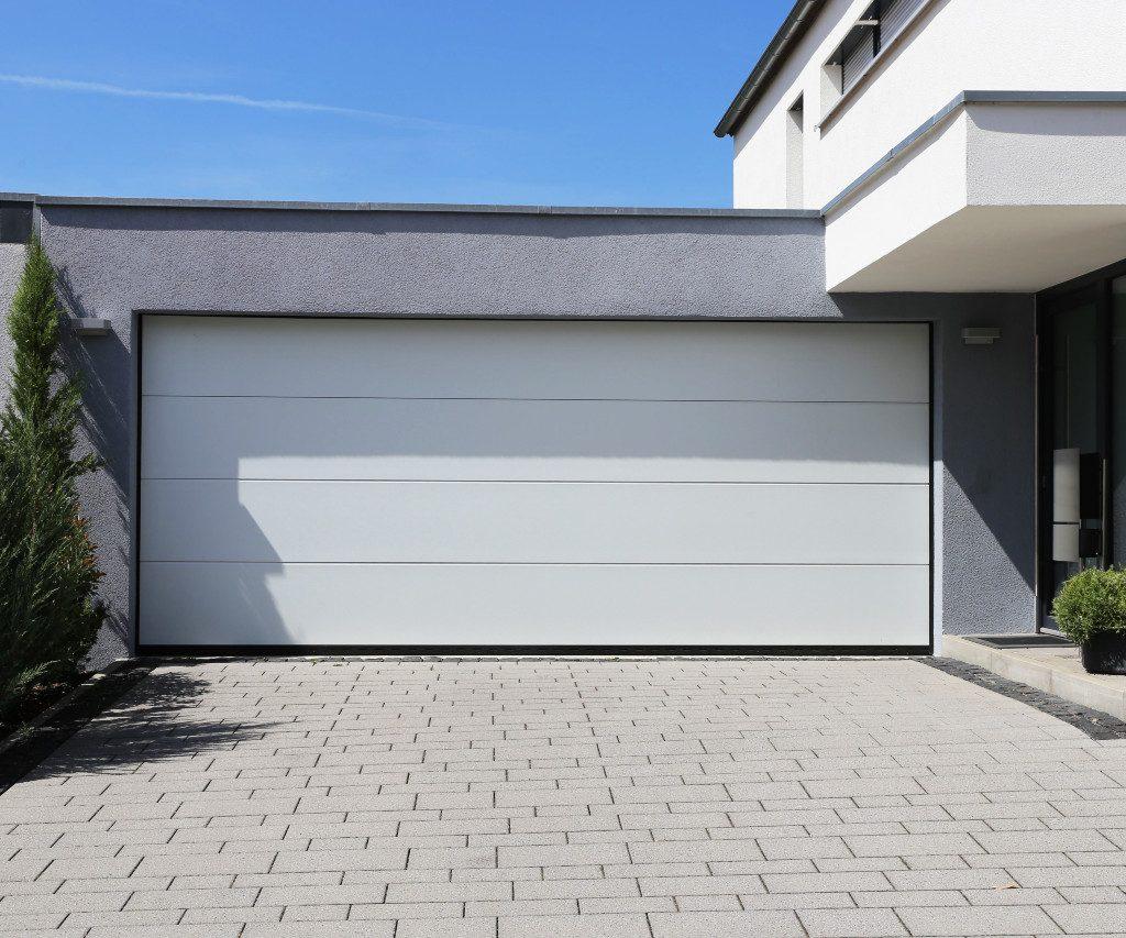 Bramy garażowe – na jaką bramę się zdecydować?